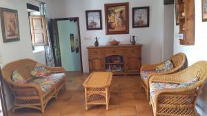 Majada Sitting Room 3C